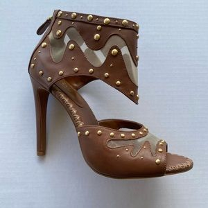 Price Firm Boutique 9 heels
